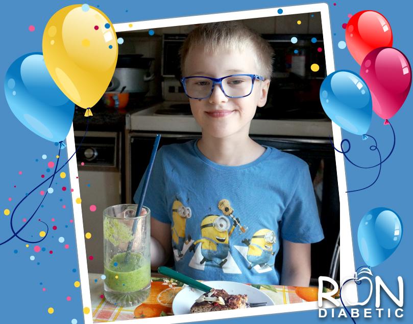 У нас день рождения - нашему блогу 1 год!!!