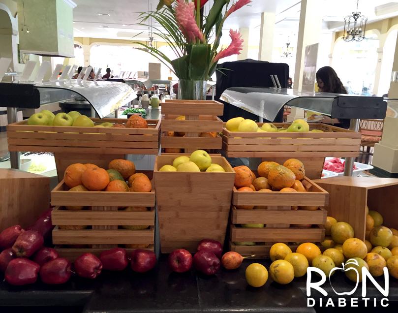 Свежие фрукты и в мексиканских гостиницах с системой